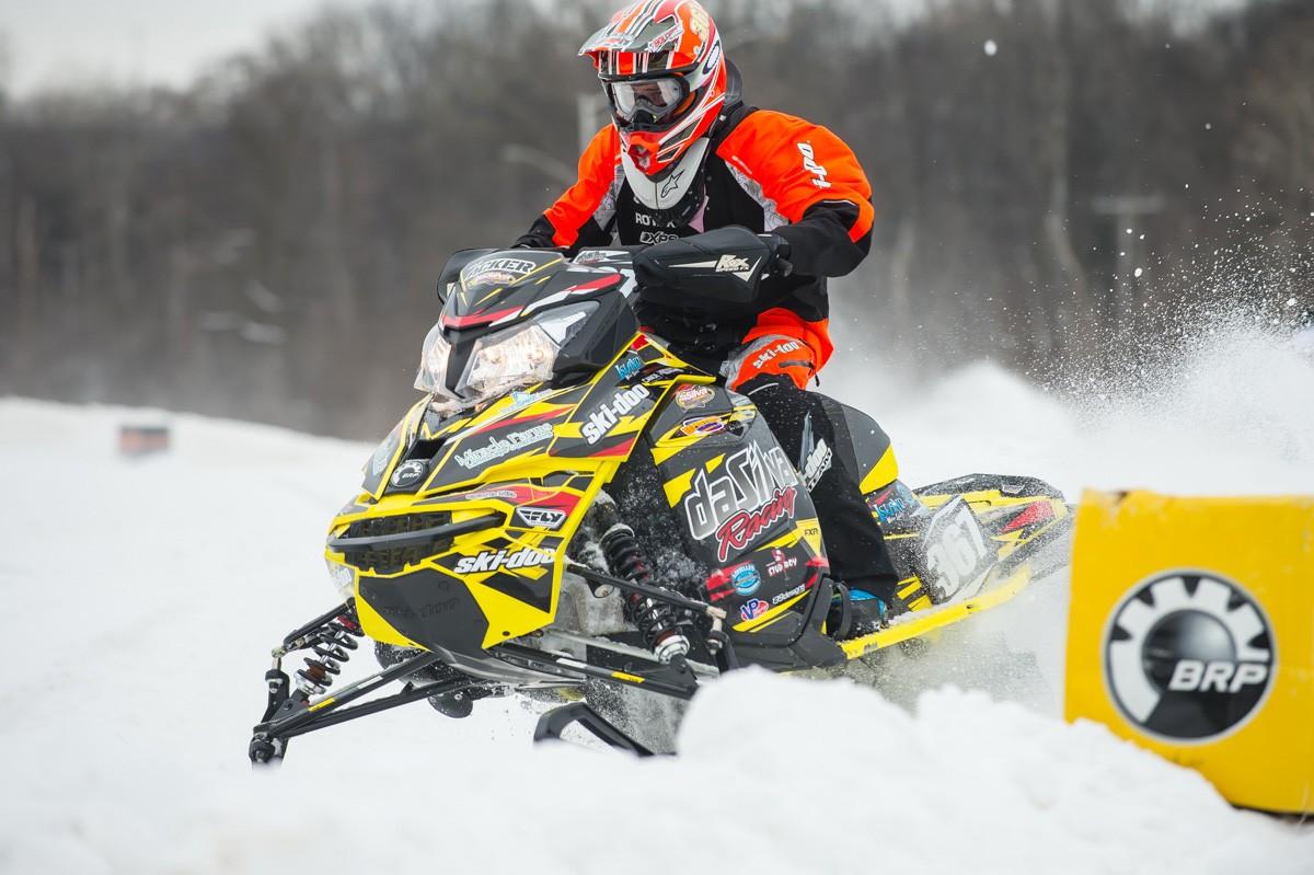 2016-17 Race Program MXZx 600RS